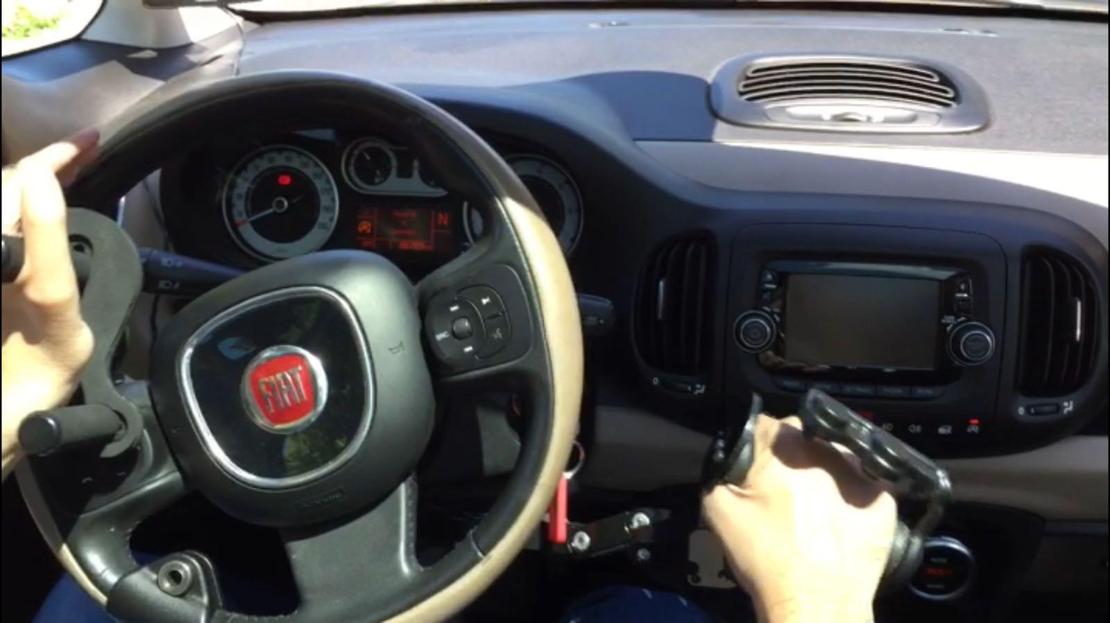 adaptación volante coche